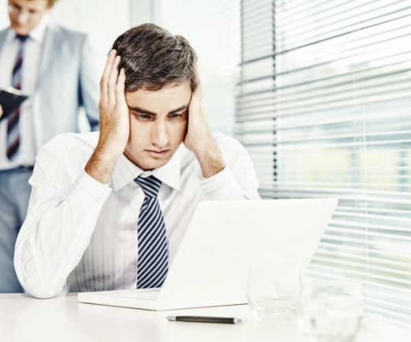 computer shutdown - What would a pharmacist do in case of a computer shutdown?
